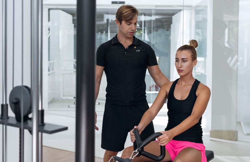 Personalized workout with personal trainer